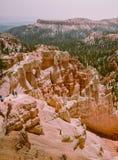 Wanderer oder Touristen bei Bryce Canyon, Utah USA stockfotografie
