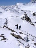 Wanderer zwei in den Bergen Stockfotografie
