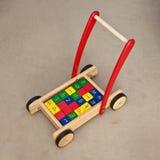 Wandererblocklastwagen-Schätzchenspielzeug Lizenzfreie Stockfotografie