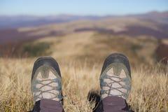 Wanderertrekking in den Bergen Sport und aktive Lebensdauer Stockfoto