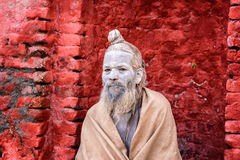 Wandering  Shaiva sadhu (holy man) in ancient Pashupatinath Temp Royalty Free Stock Photos