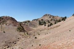 Wandern auf Berg Lassen lizenzfreies stockfoto