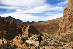 Wandern auf Vulkan Lizenzfreie Stockfotografie