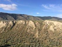 Wandern in den szenischen Bergen um die Stadt von Kamloops Lizenzfreies Stockfoto