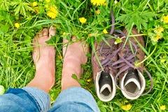 Wandern der Matten und der Füße Lizenzfreies Stockfoto