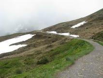 Wandern der Straße in der Schweiz Stockfotos