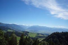 Wandern des Gebirgssommers die Schweiz Stockbild