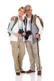 Wandern des Paarumarmens Lizenzfreie Stockbilder