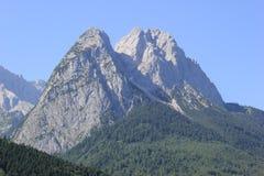 Wandern des Pfades in den julianischen Alpen Lizenzfreie Stockfotos