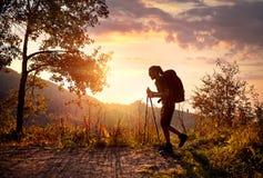 Wandern im Berg Lizenzfreie Stockfotos