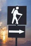 Wanderndes Hinterzeichen Stockfoto