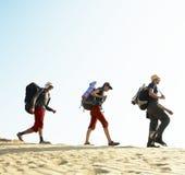 Wanderung in der Wüste Lizenzfreie Stockfotos