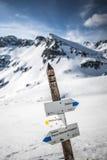 Wanderweg in den tatry Bergen, dolina pieciu stawow polskich Tatry, Polen Lizenzfreies Stockfoto