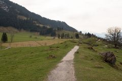 Wanderweg, Weg auf Berg Rigi in der Schweiz Stockbild