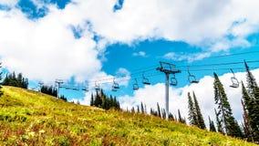 Wanderwege auf Tod Mountain nahe dem Dorf von Sun-Spitzen des Britisch-Columbia, Kanada stockfoto