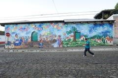 Wandgemälde auf einem Haus bei Ataco in El Salvador Stockfotografie