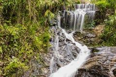 Wang Bua Ban-Wasserfall Lizenzfreie Stockfotos