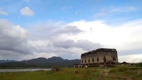 Wang Wiwekaram, templo subaquático Foto de Stock Royalty Free