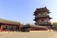 Wangchunge-Pavillon von datang furong Garten, luftgetrockneter Ziegelstein rgb Stockfotos