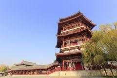 Wangchunge-Pavillon von datangfurong Garten, luftgetrockneter Ziegelstein rgb Stockfotos