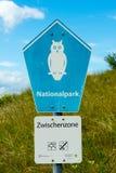 WANGEROOGE, GERMANIA 4 luglio 2017: Vista del segno del mare di wadden della riserva naturale Fotografia Stock