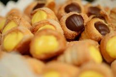 Wanilia i czekoladowi mini desery zdjęcie royalty free