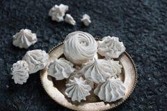 Wanilia, malinowy domowej roboty zephyr i wyśmienicie marshmallows, różowi i biali Zdjęcie Royalty Free