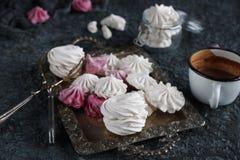 Wanilia, malinowy domowej roboty zephyr i wyśmienicie marshmallows, różowi i biali Obraz Stock
