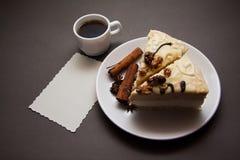 Wanilii kawa i tort fotografia stock