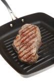 Wanne gebratenes Rindfleisch-Steak Stockfotografie