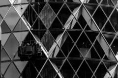 Wanneer Im schoonmakende vensters Londen royalty-vrije stock foto