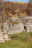 Wapni monolity - kras erozji formacje Lessinia Włochy fotografia royalty free