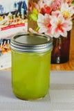 Wapni zdrową soczystą witamina napoju dietę lub weganinu karmowego pojęcie, świeże witaminy, domowej roboty odświeżający owocowy  Zdjęcie Stock