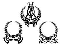 Wappen mit Verschönerungen Stockfotos