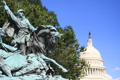 War Statue with Capitol Dome Royalty Free Stock Photos