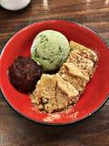 Warabi-mochi i zielona herbata lody Zdjęcia Royalty Free