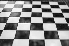 Warcaby deska w czarny i biały fotografia royalty free
