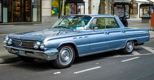 Ware grootteauto Buick LeSabre, 1962 Stock Afbeelding