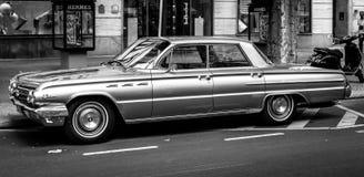 Ware grootteauto Buick LeSabre, 1962 Rebecca 36 Royalty-vrije Stock Afbeeldingen