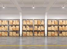 Warehouse con muchos estantes y cajas Fotografía de archivo