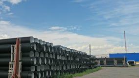 Warehouse del sitio de almacenamiento industrial acabado del aire libre de los tubos plásticos Fabricación de fábrica plástica de almacen de metraje de vídeo