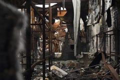 Warehouse estropeado por el fuego Fotos de archivo libres de regalías