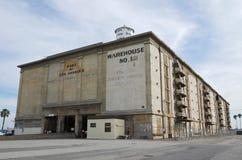Warehouse municipal en el puerto de Los Ángeles Imágenes de archivo libres de regalías
