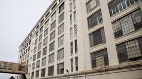 Warehouse viejo Windows Imágenes de archivo libres de regalías