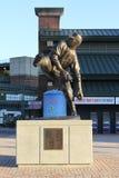 Waren Spahn Statue bei Turner Field, Atlanta, GA lizenzfreies stockfoto