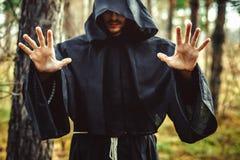 Warlock που δείχνει το δάχτυλο Στοκ εικόνες με δικαίωμα ελεύθερης χρήσης