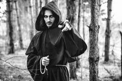 Warlock που δείχνει το δάχτυλο Στοκ Φωτογραφία
