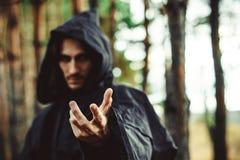 Warlock dirigeant le doigt photographie stock libre de droits