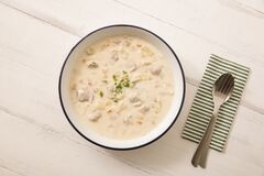 Free Warm Clam Chowder Stock Photography - 169956842