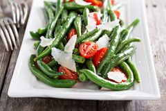 Warm salad with green beans and parmesan cheese Royalty Free Stock Photos